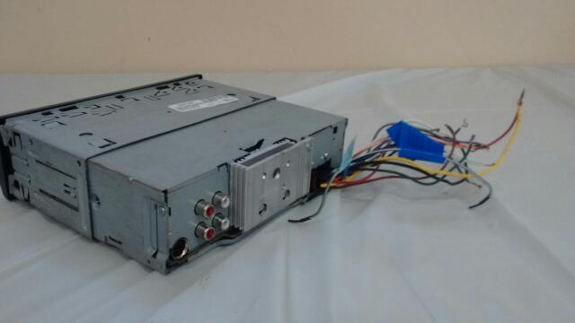 JVC Car Audio KD-SR61
