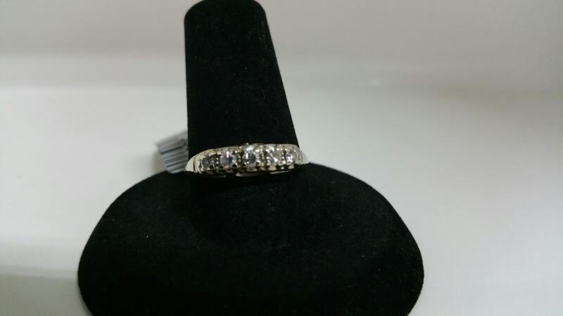DIAMOND Lady's Diamond Fashion Ring 5 Diamonds .15 Carat T.W. 18K White Gold