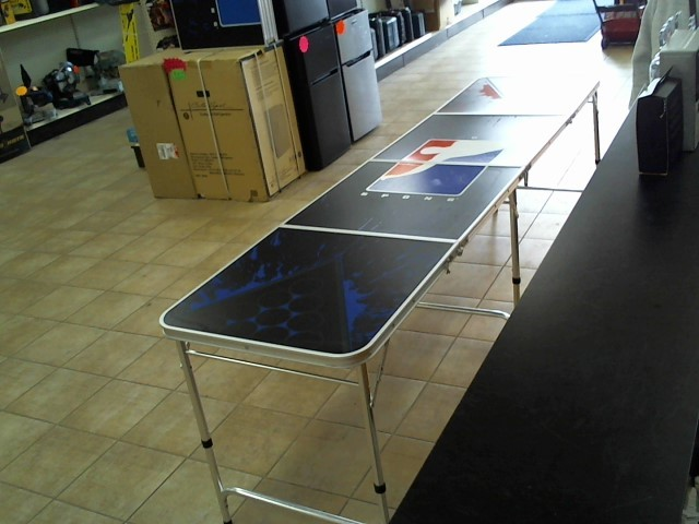 Game BEER PONG TABLE