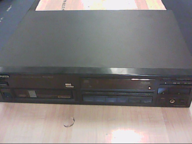 PIONEER ELECTRONICS CD Player & Recorder PD-M601