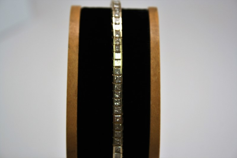 PRINCESS DIAMOND TENNIS BRACELET 14K YELLOW GOLD