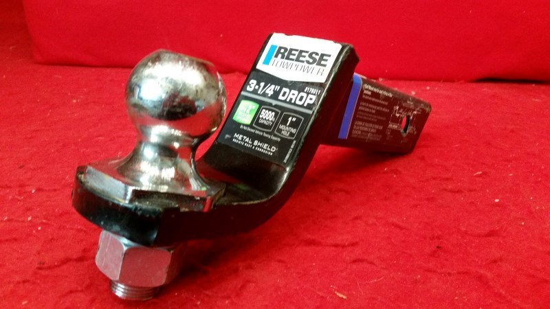 """Reese 3-1/4"""" Drop Hitch - Includes 1-1/8""""A Ball"""