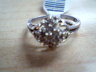 Lady's Diamond Cluster Ring 20 Diamonds .60 Carat T.W. 14K White Gold 2.07g
