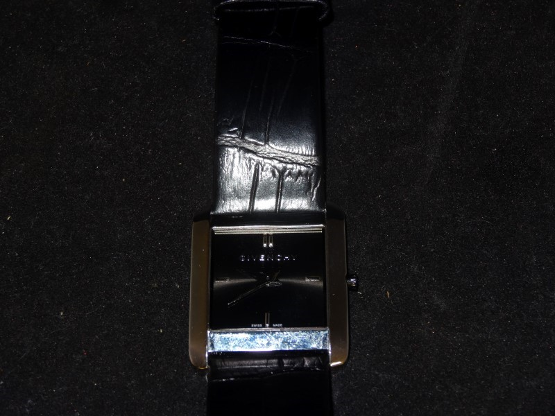 GIVENCHY Lady's Wristwatch GV.5200M