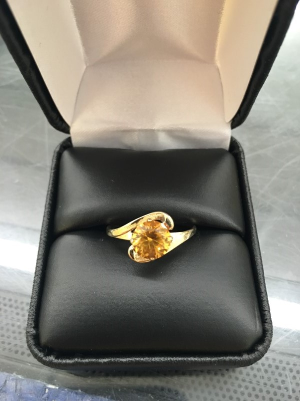 Synthetic Citrine Lady's Stone Ring 10K Yellow Gold 0.9dwt