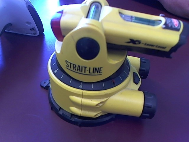 STRAIT-LINE Laser Level X-3
