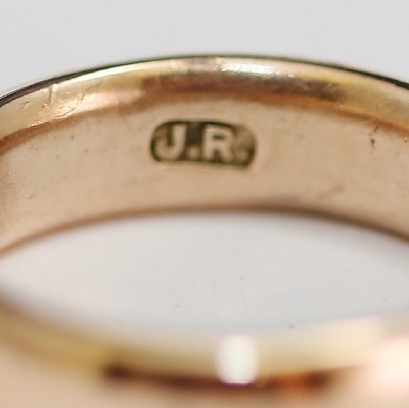 9K Rose Gold Comfort Fit with Matte Finish Wedding Band Size 5.5