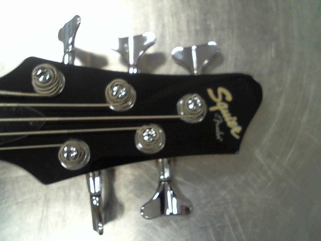 squier 5 string bass