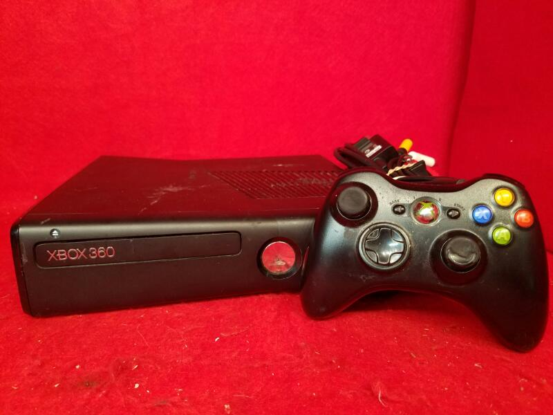 Microsoft Xbox 360 4gb Game System Console