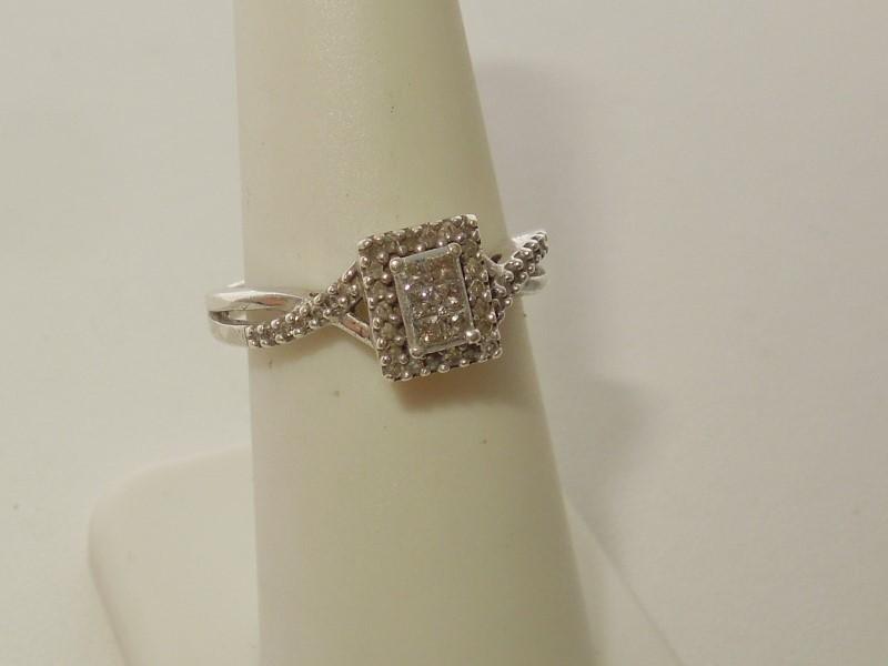 Lady's Silver-Diamond Ring 42 Diamonds .54 Carat T.W. 925 Silver 2.5g