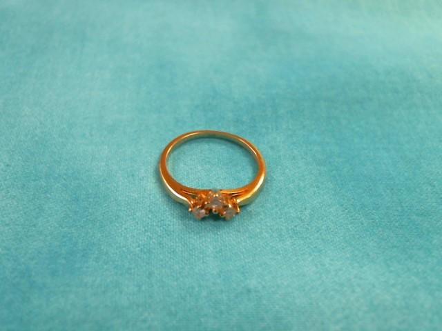 Lady's Diamond Cluster Ring 6 Diamonds .24 Carat T.W. 14K Yellow Gold 1.5dwt