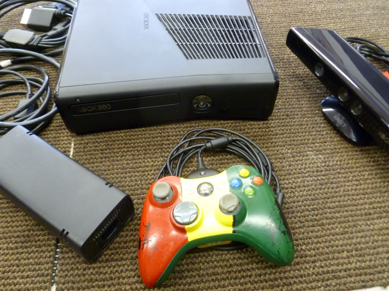 MICROSOFT XBOX 360 XBOX - 250GB - 1439 - CONSOLE WITH KINECT