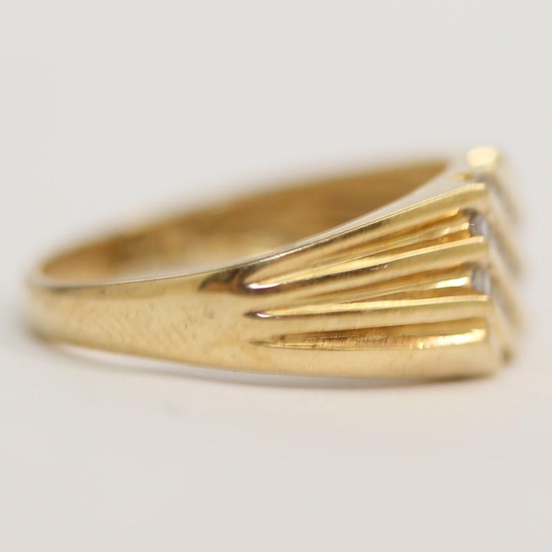 Men's Diagonal 3 Channel Round Brilliant Diamond Ring Size 10.5