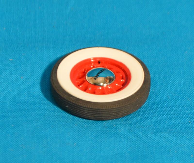 Danbury Mint 1937 STUDEBAKER PICKUP CARDINAL RED 1:24 SCALE