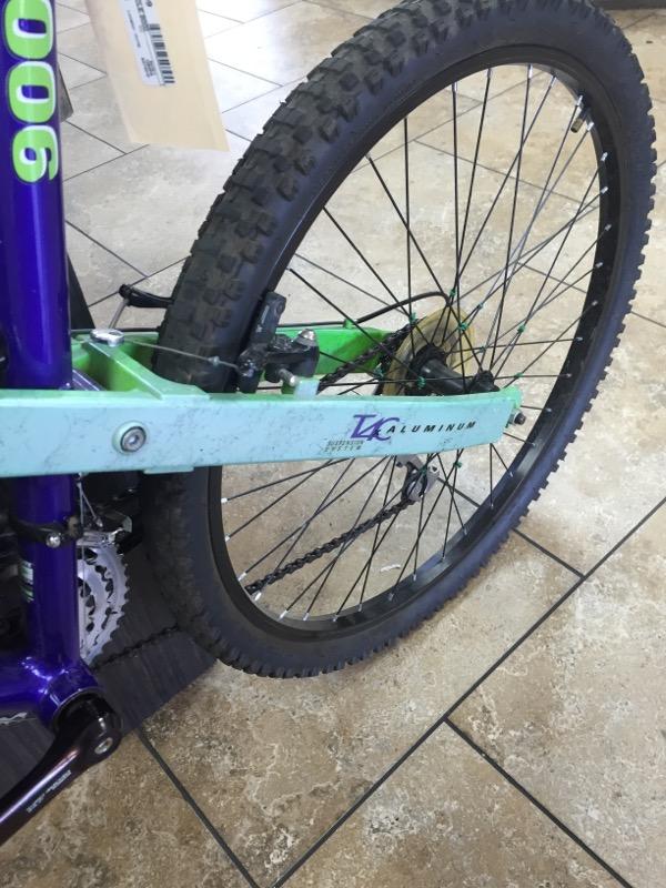 TREK Mountain Bicycle 9000