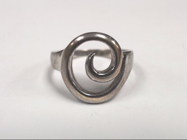Lady's Silver Ring 925 Silver 4.4g Size:9