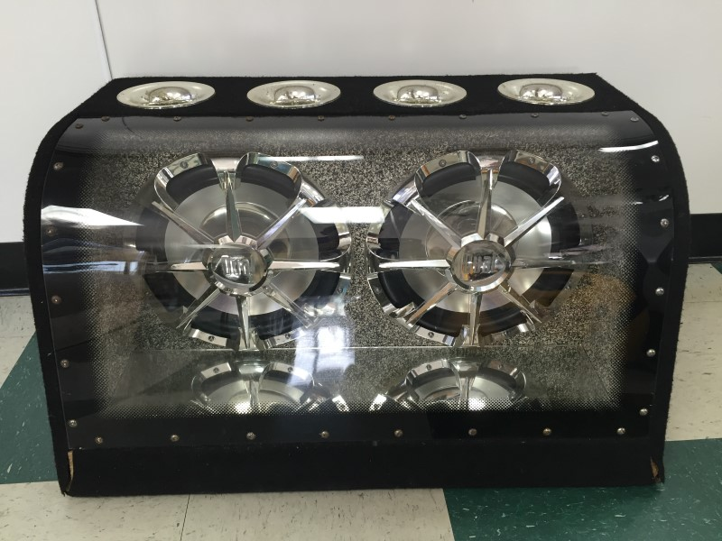 """DUAL CAR SPEAKERS/SUBWOOFERS 2 12"""" SUBS"""