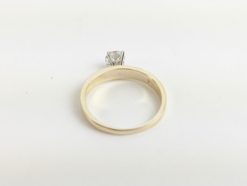 Lady's Diamond Solitaire Ring .40 CT. 14K Yellow Gold 2.22g Size:5.5