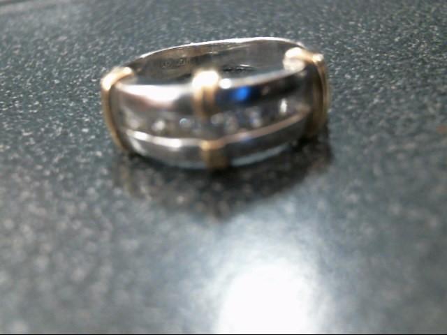 Lady's Diamond Wedding Band 7 Diamonds .17 Carat T.W. 14K 2 Tone Gold 3.8g