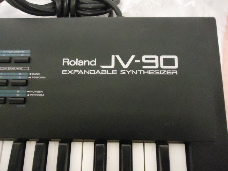 ROLAND Synthesizer JV-90 EXPANDABLE SYNTHESIZER