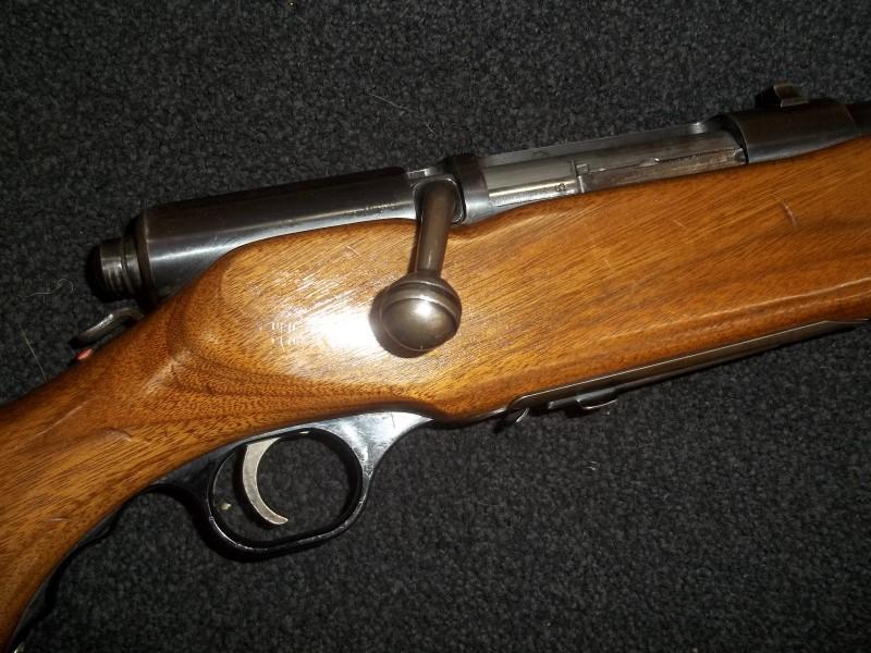 MOSSBERG SHOTGUN 185 K-B