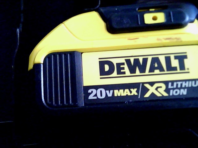 DEWALT Cordless Drill DCD980M2