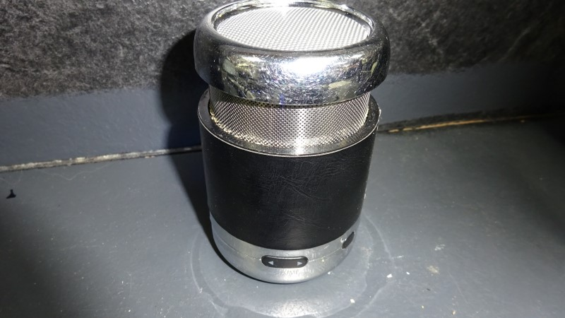 BROOKSTONE Mini-Stereo 838481