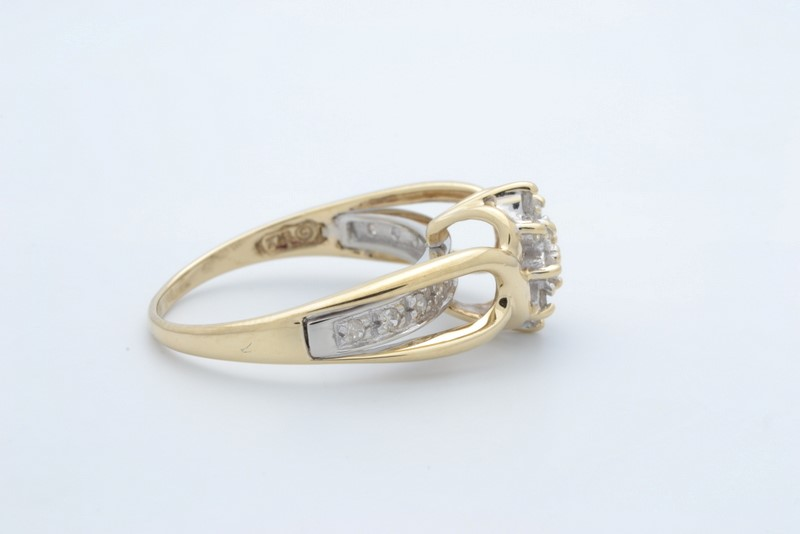 ESTATE DIAMOND CLUSTER RING SOLID 10K YELLOW GOLD COCKTAIL SIZE 6.75