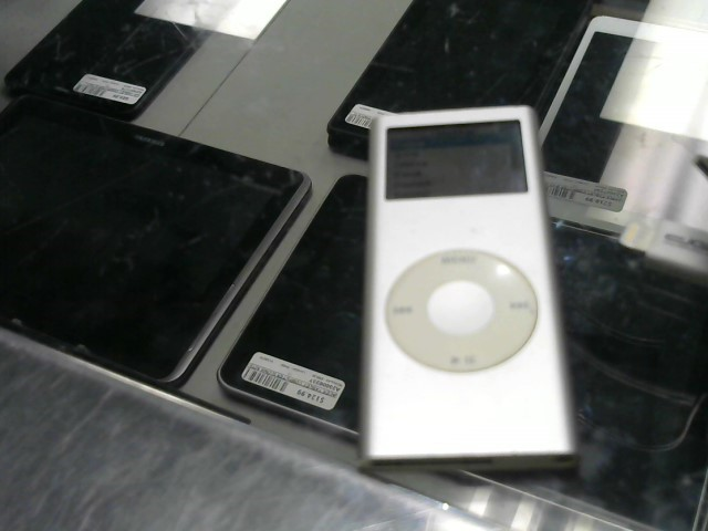 APPLE IPOD IPOD A1199 2GB