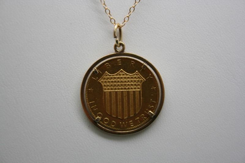 1968 KENNEDY GOLD COIN W/ GOLD BEZEL