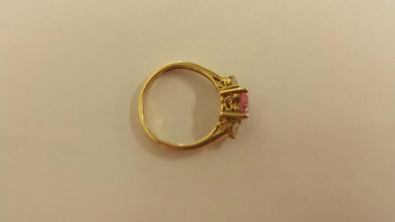 10K-Y/G Lds Pink Heart Stone And Two Cubic Zirconia Ring