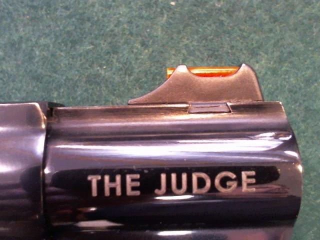 TAURUS Revolver THE JUDGE