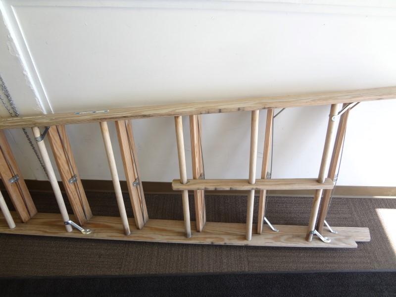 WERNER W3712 12 FT. WOOD PLATFORM STEP LADDER
