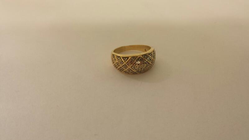 Lds 14K-Y/G Fashion Ring 52-Diamonds