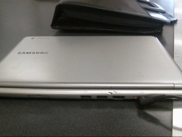 SAMSUNG Laptop/Netbook XE303C12-A01US