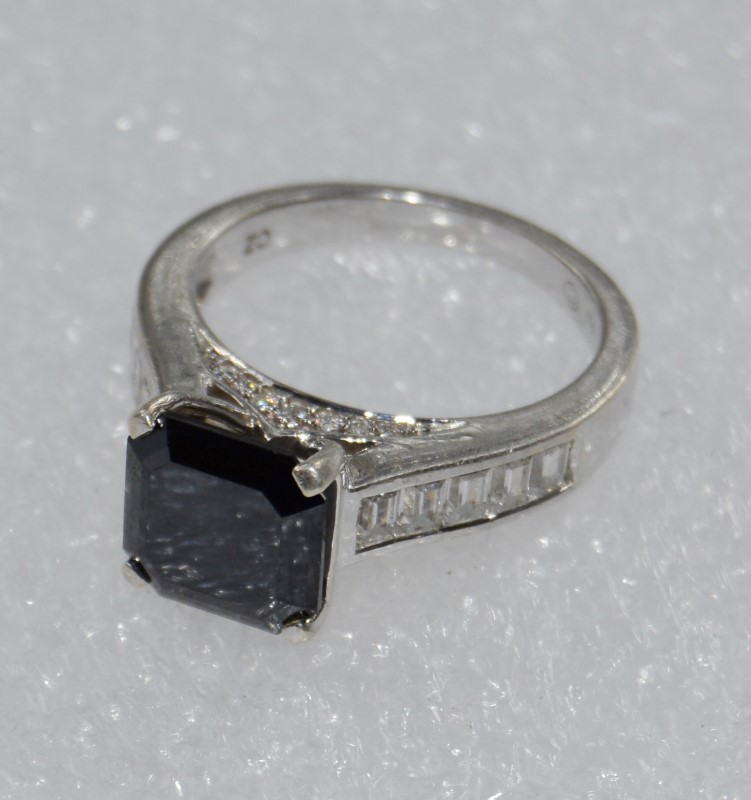 Sterling Silver Cathedral Set Princess Hematite Ring w/ Side Detail size 7