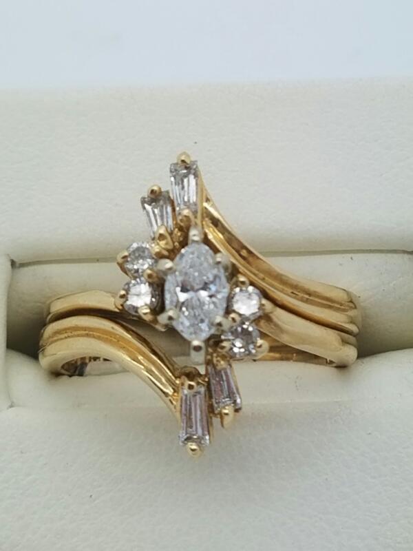 Lady's Diamond Wedding Set 9 Diamonds .27 Carat T.W. 14K Yellow Gold 3.6dwt