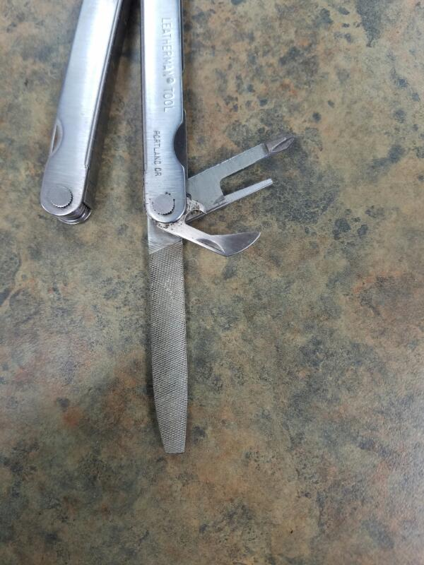 LEATHERMAN Pocket Knife TOOL
