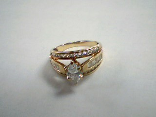 Synthetic Cubic Zirconia Lady's Stone Ring 10K Yellow Gold 3.8g Size:7