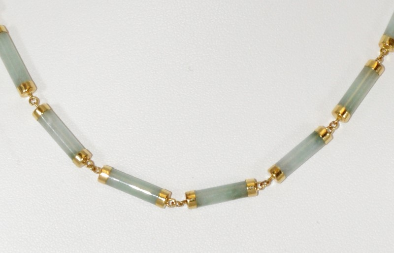 """16"""" 14K Yellow Gold Tube Shaped Light Green Jade Necklace"""