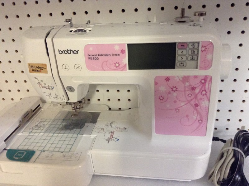 BROTHER Embroidery Machine PE500