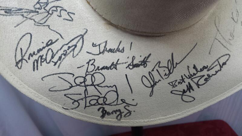 Cowboy Hat with Random Signatures