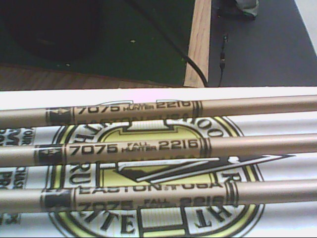 QUANTITY OF EASTON ARROWS  5 BOXES OF 18 1 OF 10 NEW IN BOX PER LEE