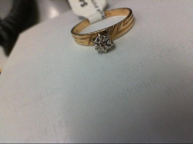 Lady's Diamond Engagement Ring .01 CT. 10K Yellow Gold 1.4g