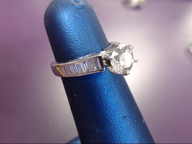 Lady's Diamond Solitaire Ring 17 Diamonds 1.17 Carat T.W. 14K White Gold 4.2g
