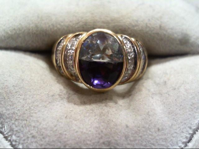 Lady's Diamond Fashion Ring 18 Diamonds .090 Carat T.W. 14K Yellow Gold 8.4g