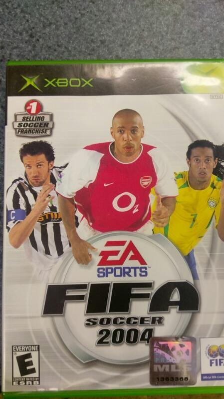 EA SPORTS FIFA SOCCER 2004 XBOX VIDEO GAME