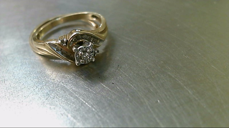 Lady's Diamond Wedding Set 17 Diamonds .18 Carat T.W. 10K Yellow Gold 3.6g