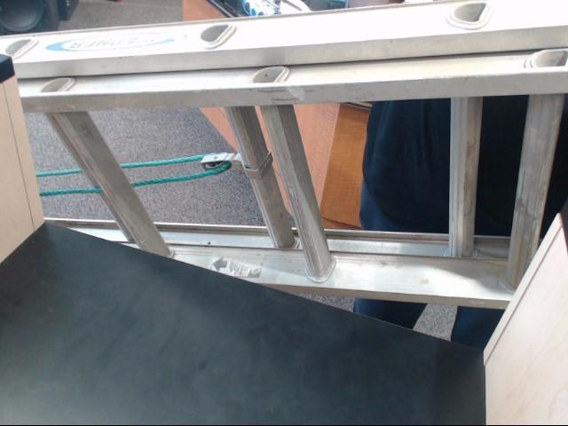 WERNER LADDER Ladder D1220-2