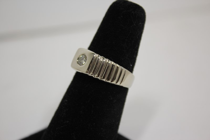 Gent's Diamond Solitaire Ring .23 CT. 14K White Gold 6g Size:7.5